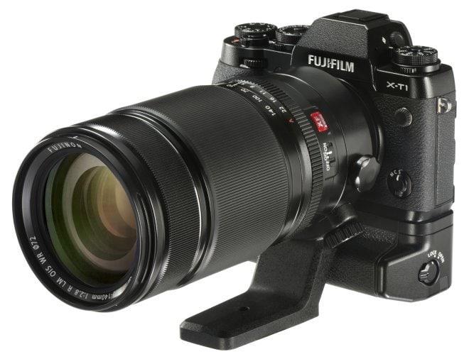 XF50-140mmF2.8 R LM OIS WR grip