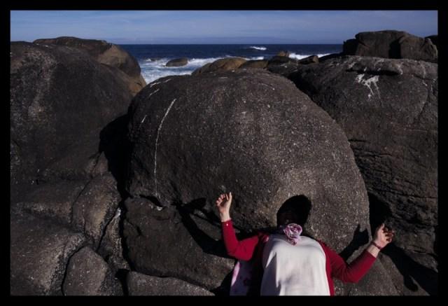 Cabeza en la piedra
