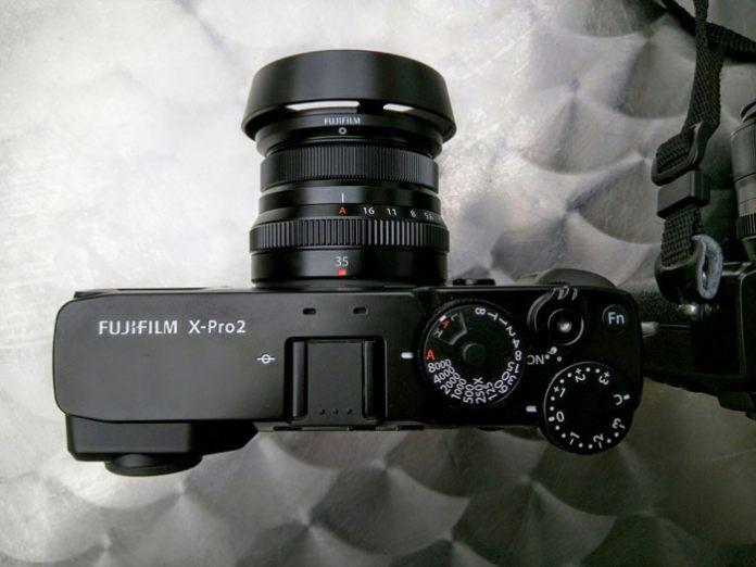 X-Pro2 con el Fujinon XF 35mm f/2 R. Foto por Pep Costa (Pixel Depot).