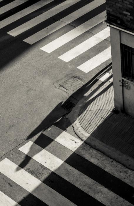 """Llegando a la esquina"" por Lestonnac Ibáñez, con Fuji X-T1."