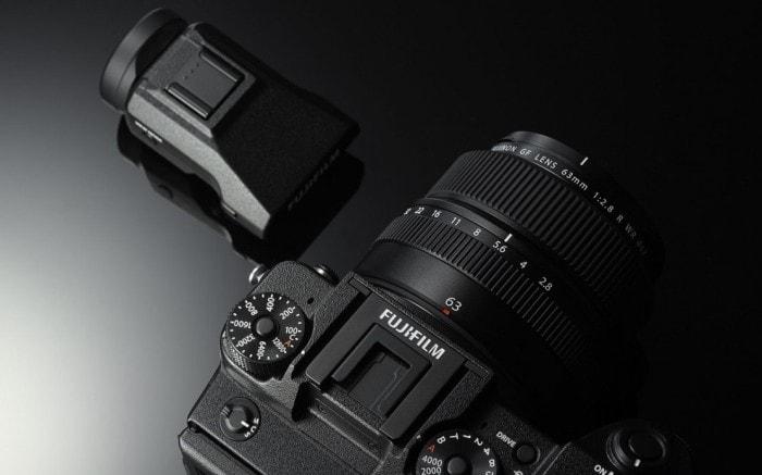 Visopr electrónico de la Fuji GFX 50S.