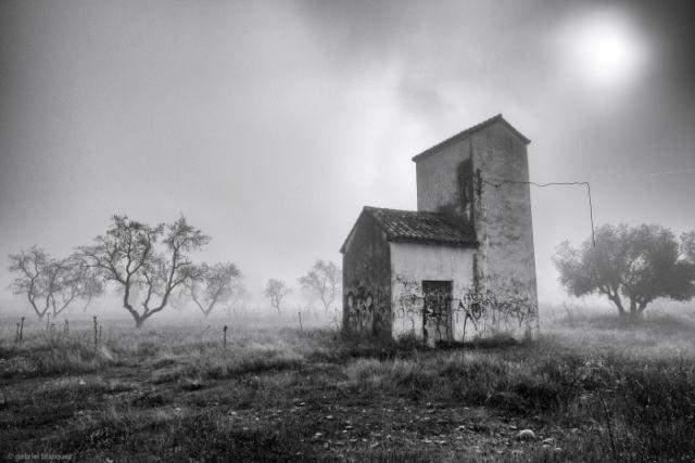 """""""El viejo transformador"""" por Gabriel Blázquez, con Fuji X-T1 + XF 10-24mm F4 R OIS."""