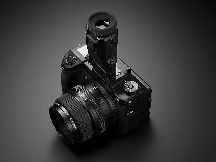 Visor electrónico basculante de la GFX 50S.