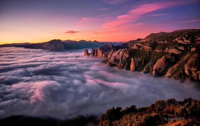 """""""El Reino en niebla"""" por Ric Gayan, con Fuji X-T2 + XF 16-55mm f/2.8."""