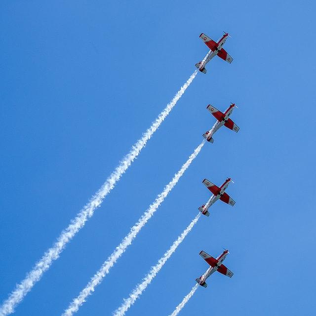 """""""PC-7 Team (Swiss Air Force)"""" por Santi Barandica. Fuji X-T1 + XC50-230mmF4.5-6.7 OIS II."""