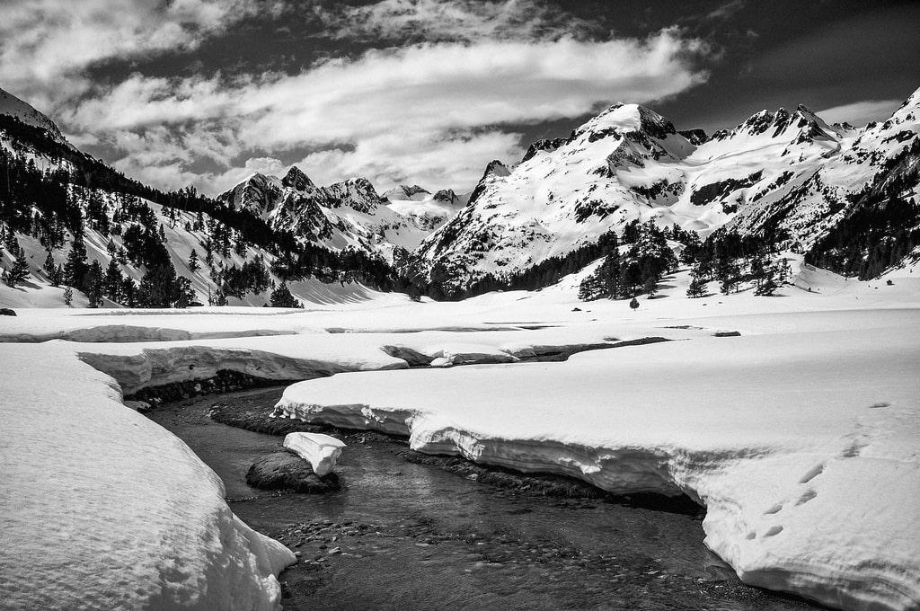 """""""Montañas"""" por @JBono. Fujifilm X100."""