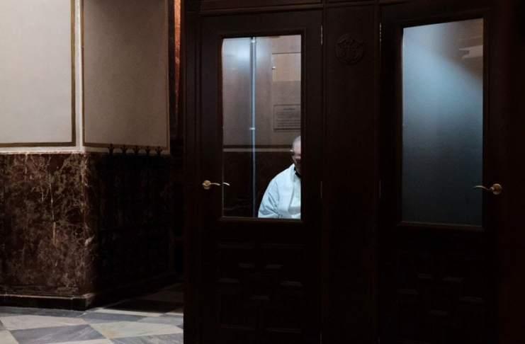 """""""El confesionario"""" por Boro Martínez. Fujifilm X-T2 + Fujinon XF23mmF1.4 R."""
