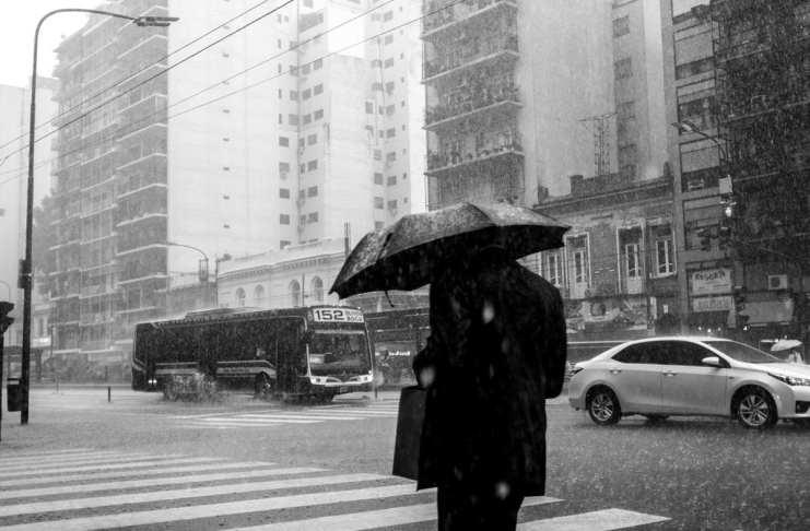 """""""Fuji X100 y la lluvia"""" por Federico Cirillo."""