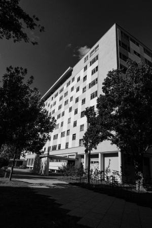 Edificio Pierre Vago. Foto por Luis Argüelles. X-Pro2 + XF 14mm F2.8 R.