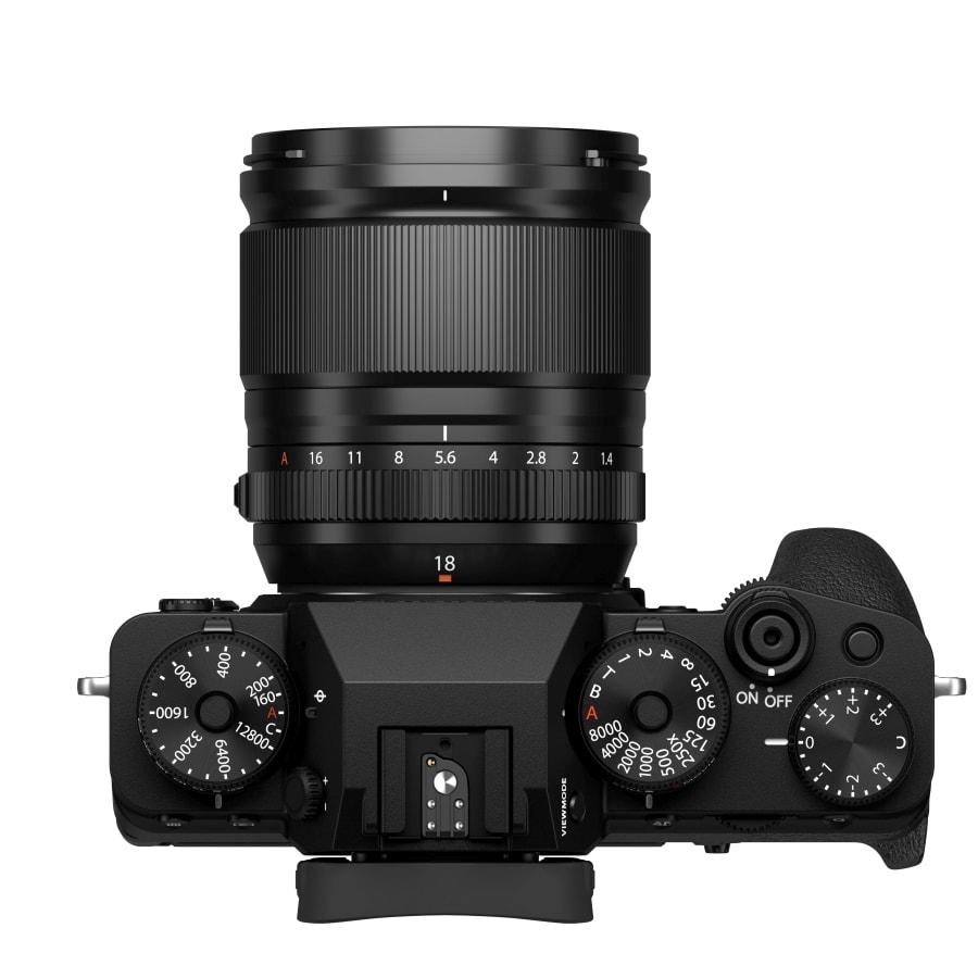 Fuji X-T4 + Fujinon 18mm F1.4.