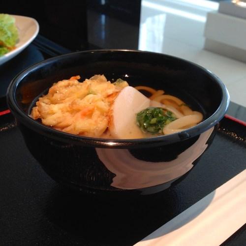 ana-lounge-udon