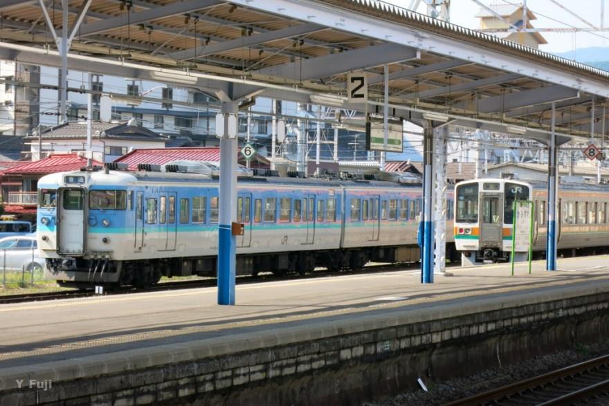 上諏訪駅ホーム