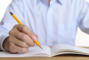 大学のテスト勉強を一夜漬けで乗り切る方法と効率よく覚える方法