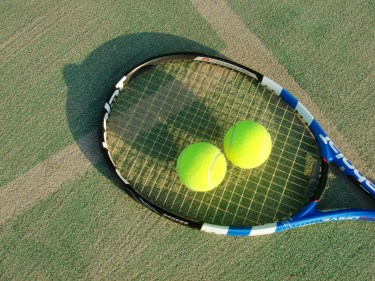 テニスのポイントはなぜ0ではなくラブなのかその謎を解明します