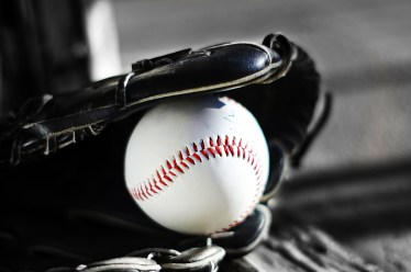牽制が野球の試合を制す!そのやり方について徹底解説します