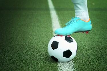 【サッカーの練習方法】中学生が一人でできる練習方法とコツ