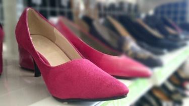 結婚式に履く靴の素材にスエードはOK?結婚式の靴マナーを解説