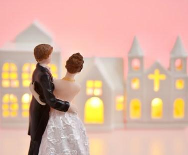 新婚家庭へ結婚祝いのプレゼントで食べ物を贈る時の上手な選び方