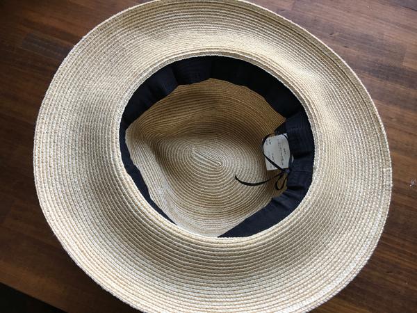 大きい帽子を100均でサイズ調整!ブカブカ帽子がぴったりサイズに!