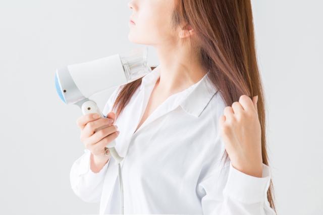 【女性の抜け毛予防】やること4つ。実際に試して効果あった対策