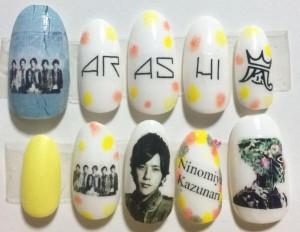 出典httpnail-design-haru-natsu-aki-huyu-foot.blogspot.jp201411arashi-degitalian-nail-gazou.html (2)