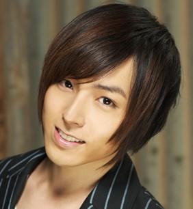 蒼井翔太!アニソン歌手兼声優で歌が上手いしイケメンかわいい!性同一性障害って本当?