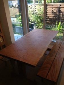 ブラックチェリー2枚接ぎダイニングテーブル