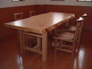 栃一枚板ダイニングテーブルと椅子