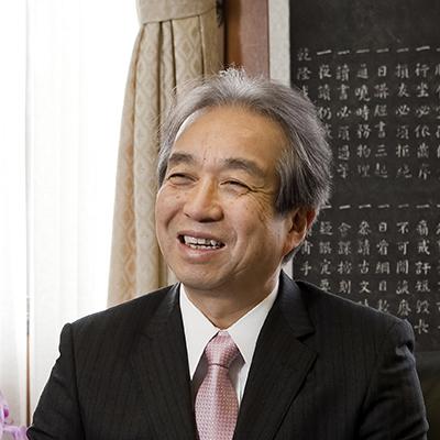 【学長】久留米大学 学長 内村直尚