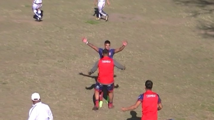 VIDEO: San Lorenzo de Delfin Gallo 2 – Tucuman Central 2