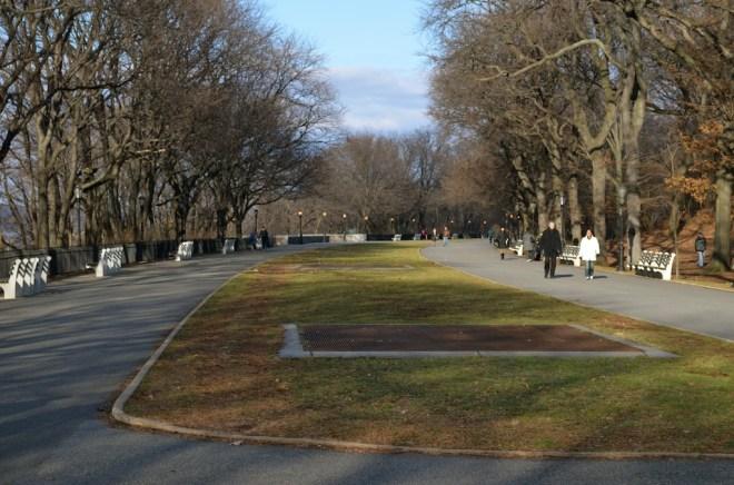 Walking Path in Riverside Park