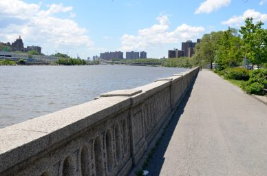 Harlem River Facing South