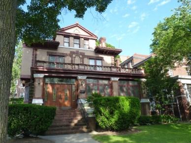 Pretty Home 4