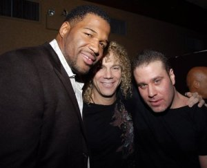 Michael Strahan and Noel Ashman