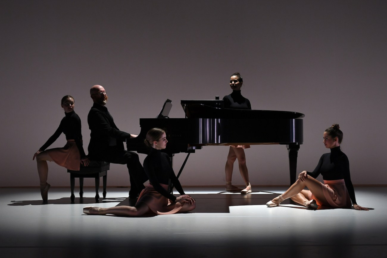 Alice Regnouf, Emmi Strickland, Violetta Komyshand, Egle Andreikaite The Pianist
