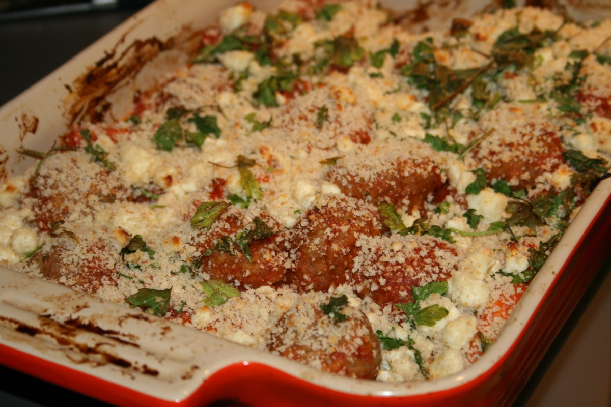 Saucy meatball & carrot bake with crispy feta crumbs