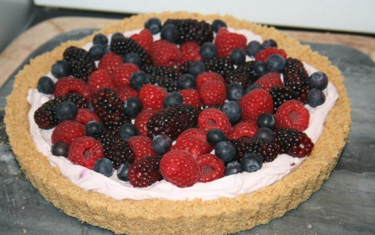 Nigella's no fuss fruit tart