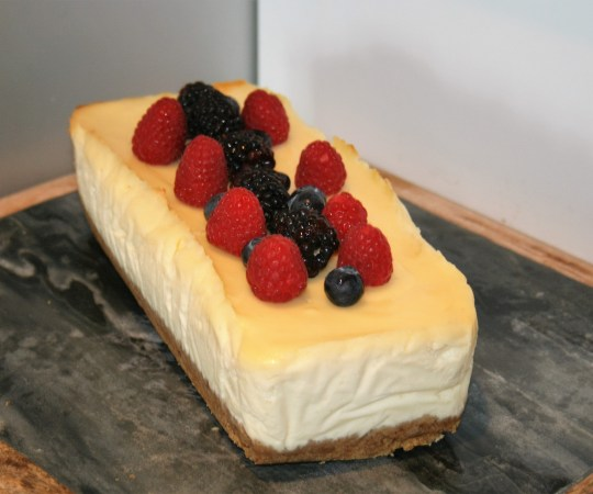Vanilla and Berry Cheesecake Slice