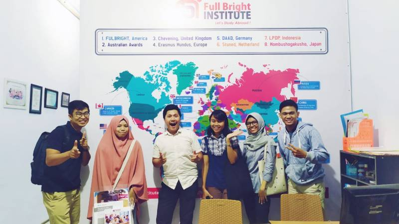 IELTS Teacher Full Bright Institute