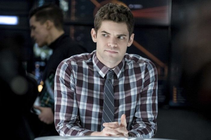 Jeremy Jordan Returning For Season 5 Of 'Supergirl'
