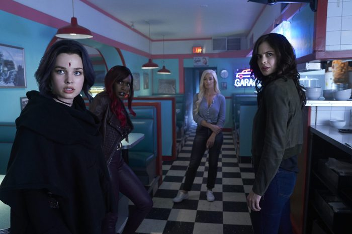 "'Titans' S2, E11: ""E.L._.O."" Review – Girl's Night Out With Some Action"