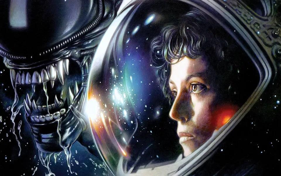 Alien - the alien and Ripley