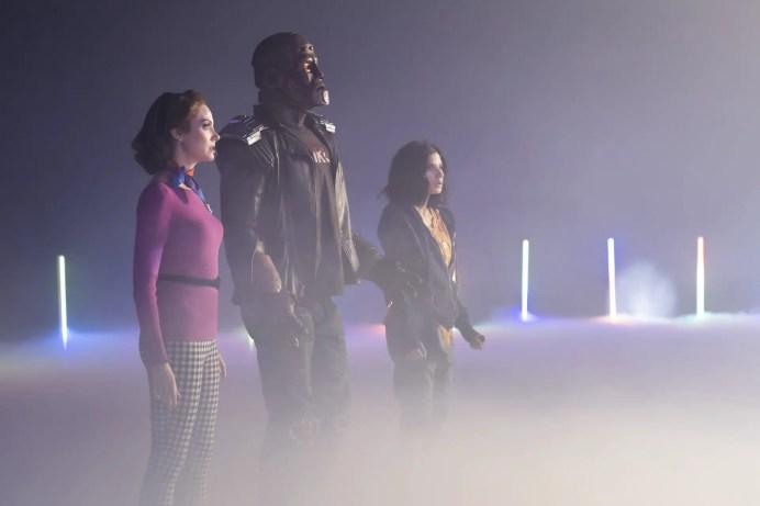 Doom Patrol Season 2 E2 - Rita, Robotman and Jane stare at Dr. Tyme