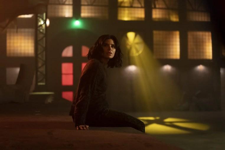Doom Patrol Season 2 E3 - Jane wakes up in the underground