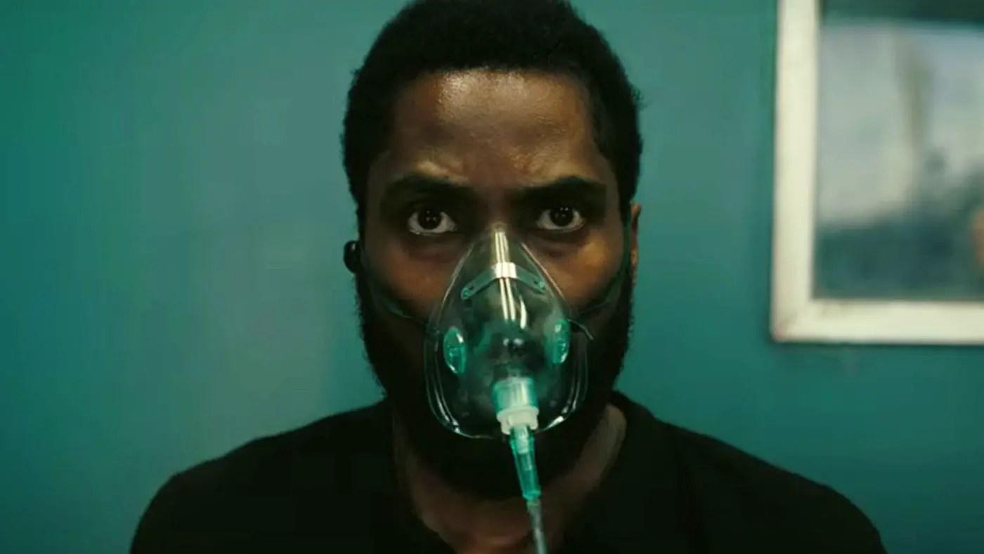 Tenet - John David Washington in an oxygen mask