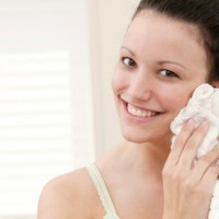 Tips & Tricks: Oily, Acne-Prone Skin