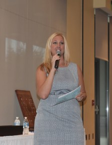 Trisha Brauer, Taking Bids Benefit Auctions