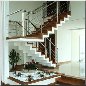"""Escadas Metálicas em """"U"""""""