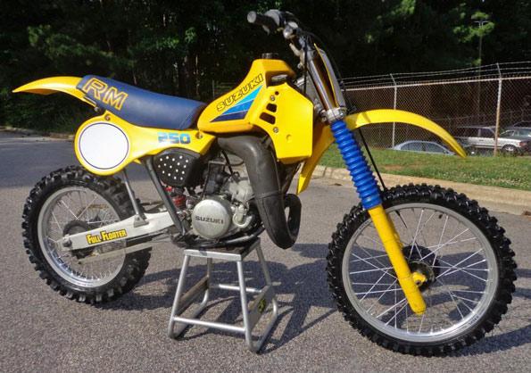 1983-Suzuki-RM250