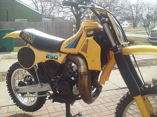 1983-rm250